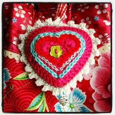 Karin aan de haak: Pip-style hartje