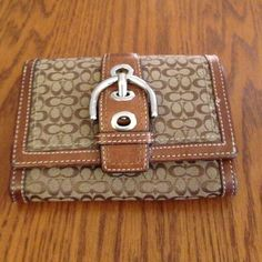 Coach Wallet Barely used and in excellent condition. Coach Bags Wallets