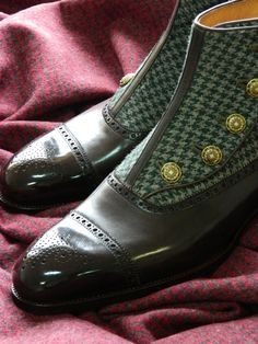 Saint Crispin's button up boot