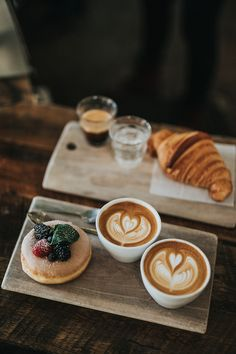 Coffee Break ** Best coffee tips, tools and techniques. ** We do hope you actually do love our image. Balanced Breakfast, Eat Breakfast, Breakfast Croissant, Mcdonalds Breakfast, Breakfast Meaning, Breakfast Photo, Homemade Breakfast, Breakfast Ideas, Breakfast Recipes