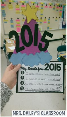 Mrs. Dailey's Classroom: Welcome to 2015 in Room 14! {with a writing prompt freebie}