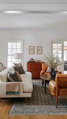 Home Living Room, Interior Design Living Room, Living Room Designs, Living Room Furniture, Living Spaces, Rustic Furniture, Cottage Living, Furniture Ideas, Tiny Living