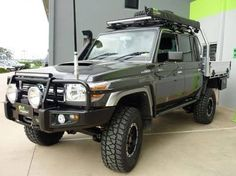 Survival camping tips Toyota Land Cruiser, My Dream Car, Dream Cars, Suv Camper, Camper Van, Campers, Landcruiser 79 Series, 4x4, Toyota Lc