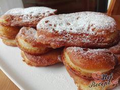 Koblihy podle receptu našich babiček Köstliche Desserts, Churros, Pancakes, French Toast, Cooking Recipes, Breakfast, Food, Super, Mascarpone