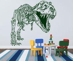 Vinil Decorativo del esqueleto de un dinosaurio T-Rex muy detallado. En la fotografia aparece en Verde Cazador, pero puedes pedirlo en cualquiera de los casi 30 colores que tenemos disponibles. Hacemos envios a toda la Republica Mexicana, Dale vida a tus paredes con viniles decorativos de Calcarte.com!
