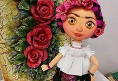 Muñeca fofucha Frida Doll Patterns Free, Baby Dress Patterns, Sewing Patterns, My Little Pony Cumpleaños, My Little Pony Birthday, Crochet Doll Pattern, Crochet Dolls, Projects For Kids, Sewing Projects