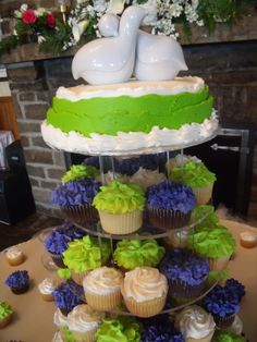 blue and lime green wedding cakes 1000 images about wedding reception on lime 11948