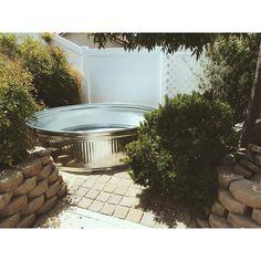 stock tank soaking tub Source by Metal Stock Tank, Galvanized Stock Tank, Outdoor Tub, Small Outdoor Patios, Outdoor Spaces, Stock Pools, Stock Tank Pool, Desert Backyard, Backyard Paradise