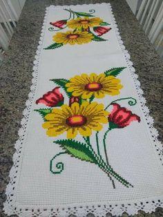 Cross Stitch Geometric, Simple Cross Stitch, Cross Stitch Rose, Cross Stitch Flowers, Crochet Stitches, Embroidery, Floral, Projects, Cross Stitch Bird