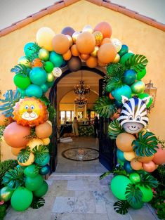 Arches & Columns - The Balloon People Safari Theme Birthday, Jungle Theme Parties, Girl Birthday Decorations, First Birthday Party Themes, Wild One Birthday Party, Baby Boy Birthday, Balloon Decorations Party, Safari Party, Diy Safari Decorations