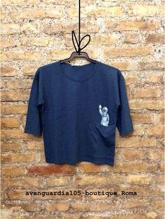 T-shirt stampa astronauta.