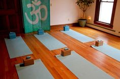 there's something about being in a yoga studio on a rainy day in fl..that makes you feel like youre in Bali..anyone? ..lol