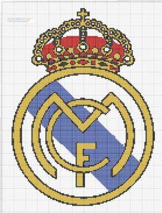 Escudo Real Madrid Punto de Cruz 25 x 33centímetros 137 x 181 puntos 4 colores DMC