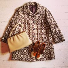 unusually patterned vintage winter coat £35 shoes in original box £20, bag with matching purse £10