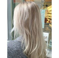 Mix of blonde babylights and balayage. Hair by Seline @ Salon B, Almere