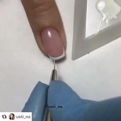 --Video Pin-- Easy ways to do the perfect french manicure on any nail By: usti_na French Nails, French Acrylic Nails, French Manicure Gel, French Manicures, Diy Acrylic Nails, Diy Nails, Cute Nails, Nail Art Hacks, Nail Art Diy