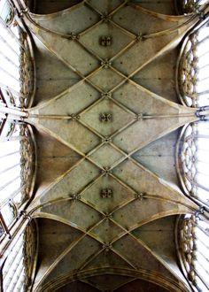 #architecture #church #photography #blog #photoblog #fotoblog #architektura #focení #kostel
