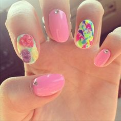 Bella Thorne's Floral and Neon Nail Art