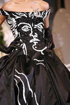 <3<3      John Galliano for Christian Dior Fall Winter 2007 Haute Couture