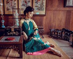 Top 10 Hoa hậu Việt Nam diện áo dài hóa thiếu nữ xưa - Ngoisao Ngôi sao
