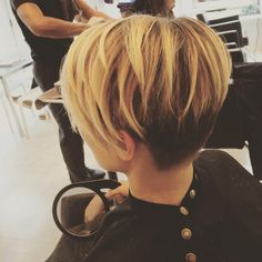 "62 Likes, 3 Comments - Kayla Guthrie (@kaylahair27) on Instagram: ""Balayage fun at work! My favorite pixie! #pixie #pixiecut #thepixiecutchallenge #balayage…"""