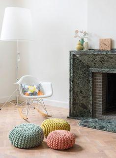 trona stokke sillas vitra lámpara diseño caravaggio de light years estilo nórdico estanterías string decoración interiores nórdico…