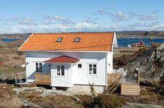 Post: Estilo nórdico marítimo --> blog decoración nórdica, cocinas abiertas, cocinas nórdicas modernas, decoración cocinas, decoración comedores, decoración en blanco, estilo escandinavo, Estilo nórdico marítimo, suelo blanco