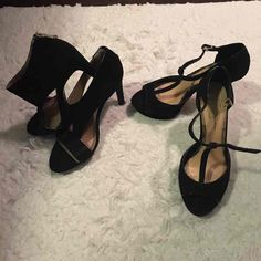 Lot of 2 Pairs of Black Heels! Size 8.5 - Mercari: Anyone can buy & sell
