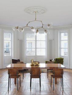 minimalist but warm dining rom