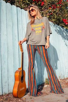 Rainbow Striped Flare Bells - Our Rainbow Flare Bell Bottoms are the perfect piece when you're feeling your hippie self. 70s Outfits, Hippie Outfits, Vintage Outfits, Cute Outfits, Fashion Outfits, Stylish Outfits, 70s Inspired Fashion, 70s Fashion, Vintage Fashion