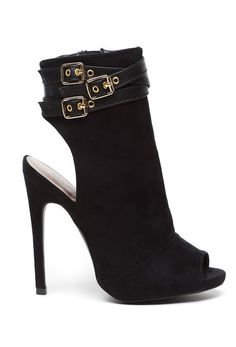 These Urban Sweetheart heels are the perfect combination of style and elegance