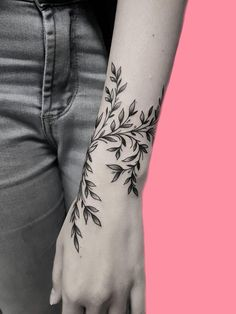 42 mini wrist tattoo designs to try this summer - tattoos . - 42 mini wrist tattoo designs to try this summer – tattoos Tattoo quotes - Mini Tattoos, Cute Tattoos, Beautiful Tattoos, Body Art Tattoos, Small Tattoos, Sleeve Tattoos, Tatoos, Cross Tattoos, Ankle Tattoos