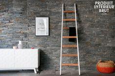 Eine Leiter ganz aus Holz für trendige Deko