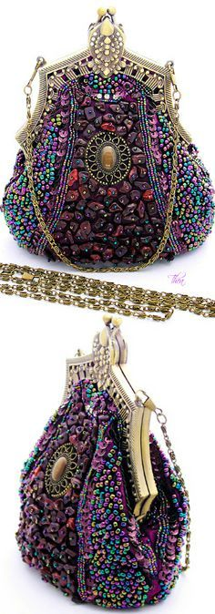 """Trendy Women's Purses : Art Deco Purple Beaded Evening Bag — For all the """"purple"""" ladies, this one is for you! Women's Purses : Art Deco Purple Beaded Evening Bag – For all the """"purple"""" ladies, this one is f Vintage Purses, Vintage Bags, Vintage Handbags, Vintage Outfits, Vintage Fashion, 1930s Fashion, Vintage Shoes, Victorian Fashion, Ladies Fashion"""