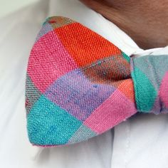 great texture & color on this springy bowtie.