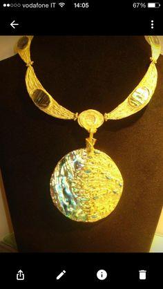 Oro 18 kt e Madreperle Antica Luna