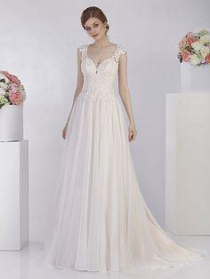 Romantisches Brautkleid mit Spitzenapplikationen auf dem Oberteil. Wedding Dresses, Tops, Fashion, Shell Tops, Gown Wedding, Curve Dresses, Bride Dresses, Moda, Bridal Gowns