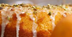 Orange Juice Cake, an old favorite with a modern topping, remember Orange Jello Cake? Just Desserts, Delicious Desserts, Yummy Food, Awesome Desserts, Sweet Desserts, Orange Juice Cake, Orange Jello, Cake Mix Recipes, Dessert Recipes