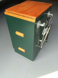 Trend Old filing cabinet into BBQ cart