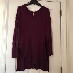 """""""We The Free Ventura Thermal"""" Adorable maroon colored sweater from free people. It is a little bit oversized. Would be perfect for a taller girl with a cute pair of leggings, jeans or even shorts! Free People Sweaters Crew & Scoop Necks"""