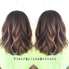 Rounded-Lob-Haircut-Shoulder-Length-Hairstyles-for-Women-Subtle-Dimensional-Dalayage