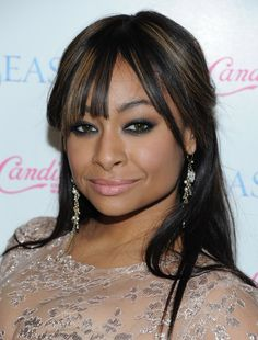 Raven-Symone Smoky Eyes - Raven-Symone Looks - StyleBistro Black Hair With Highlights, Hair Highlights, Raven Symone, Curly Hair Styles, Natural Hair Styles, Flat Twist Out, Weave Styles, Permed Hairstyles, Smoky Eye
