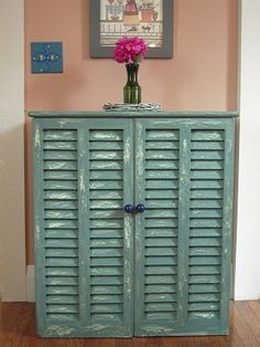 This shows how to paint it, but would be so easy to make it from old shutters