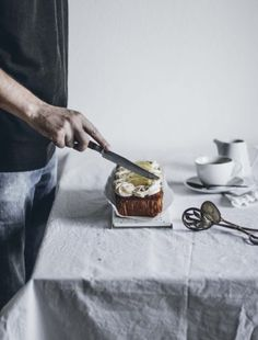 Bizcocho de Frutas Inglés con glaseado de Naranja – Cau de sucre Peach Syrup, Basil Pasta, Peach Cake, Pistachio Cake, Mascarpone Cheese, Chia, Cream Cheese Icing, Cream Cream, Cooking Time