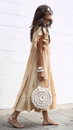 Spring Fashion Tips .Spring Fashion Tips Mode Outfits, Fashion Outfits, Womens Fashion, Fashion Trends, Fashion Hacks, Fashion Ideas, Photoshoot Fashion, Fashion Quotes, Petite Fashion