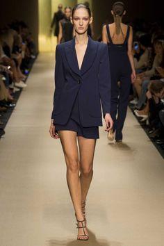 Guy Laroche ready-to-wear spring/summer '15 gallery - Vogue Australia