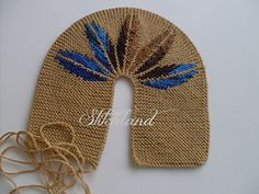 Ravelry: Slippers with 5 leaves pattern by Sercan Senay