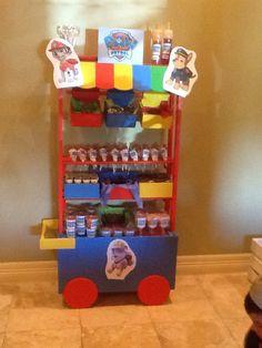 Carrito para dulces, botanas y postres!!!! En renta solo y ya listo con dulces y mas.... Opciones a elegir.