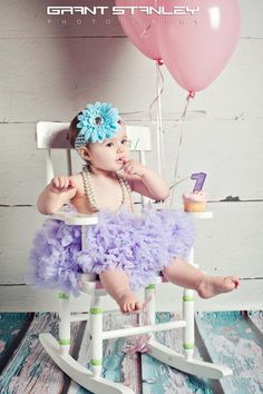 1st Birthday Pic- really cute & love the outfit