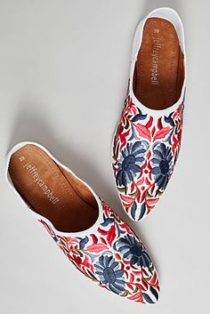 Sonia Embroidered Mules